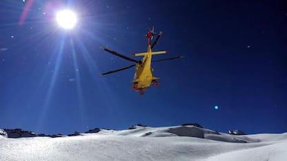 Valanga nel Cuneese, morto scialpinista di 46 anni