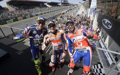 Le Mans, 1° Marquez. Poi Petrux e Rossi, out Dovi