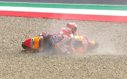 Marquez cade, Mondiale riaperto: Rossi è a -23