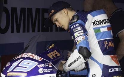 Moto3, Rodrigo cade nei test: clavicola fratturata