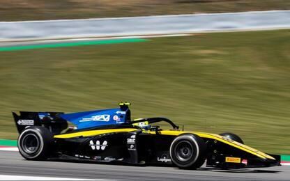 Formula 2, in Spagna la pole è di Ghiotto