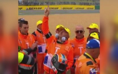 Rins commuove tutti a Le Mans. VIDEO