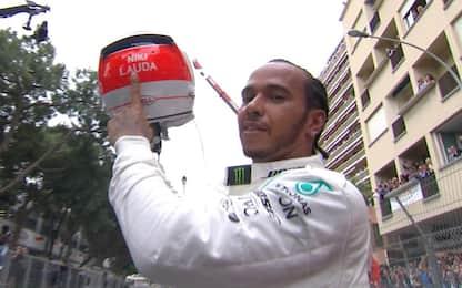 """Hamilton, vittoria per Lauda: """"Guardava dall'alto"""""""