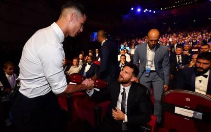 Lo strepitoso siparietto CR7-Messi. VIDEO