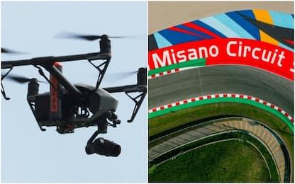 Curva dopo curva, in volo su Misano con il drone