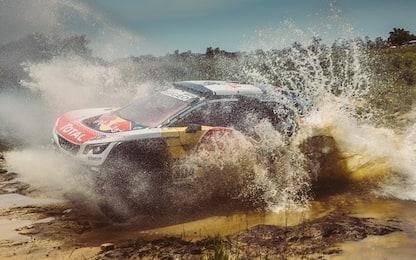 Dakar 2017, Day 2: vincono Loeb e Price