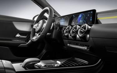 2018-mercedes-a-class-interior-1