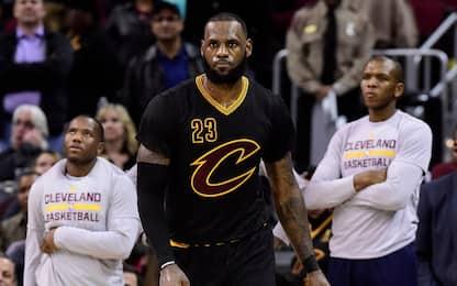 "NBA, LeBron: ""Ci serve un c...o di playmaker"""