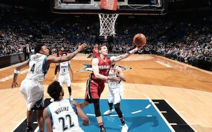 NBA, i risultati della notte: Heat ok, 11 in fila
