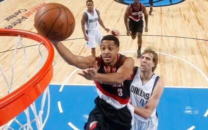 NBA, McCollum rovina la festa a Nowitzki