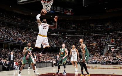 NBA, LeBron trascina Cleveland anche senza Irving