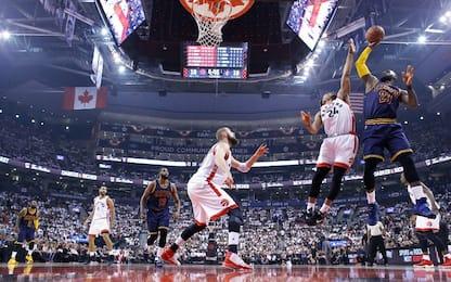 NBA: Cleveland vince a Toronto, 3-0 e serie chiusa