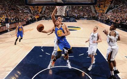 NBA, Golden State domina gara-4: Utah eliminata