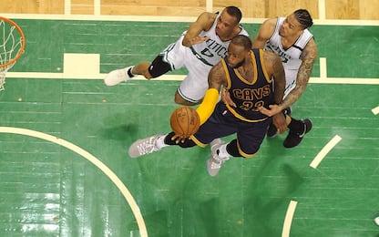 NBA, troppo LeBron James per Boston: è 1-0 Cavs