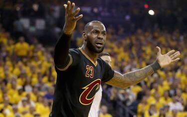 LeBron_post-game_NBA