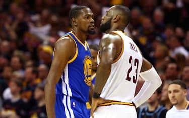 JamesDurant_Warriors_NBA