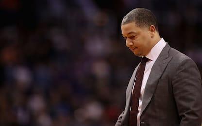 Coach Lue torna al seguito dei Cavs ma non allena
