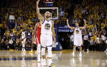 Esplode Curry, Rockets travolti: 2-1 Golden State