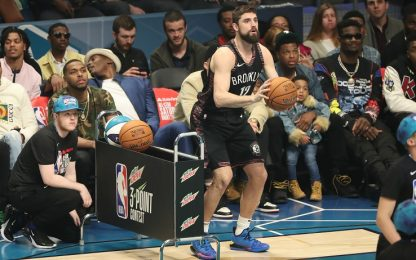 ASG, tiro da 3 punti: Joe Harris batte Steph Curry