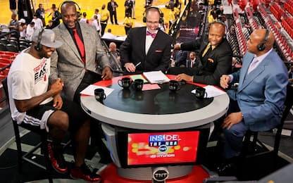 Barkley invita LeBron a commentare i playoff in TV