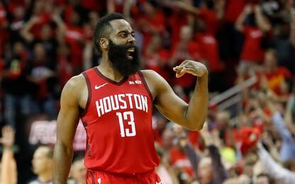 Harden 41, Houston resiste a Durant e vince all'OT