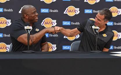 """Magic Johnson accusa: """"Rob Pelinka mi ha tradito"""""""