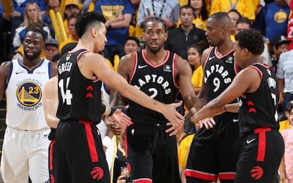 Curry fa 47 ma non basta: Toronto vince e va 2-1