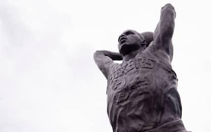 """Statua per Barkley, che promette: """"76ers campioni"""""""