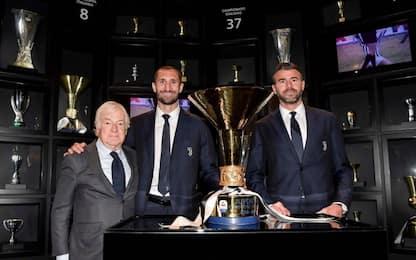 Juventus, la coppa dello scudetto al JMuseum