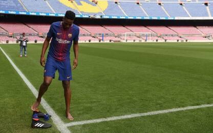 Barça, ecco Mina: esordio senza scarpe al Camp Nou
