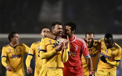 Higuain gol, Buffon para rigore: Atalanta-Juve 0-1
