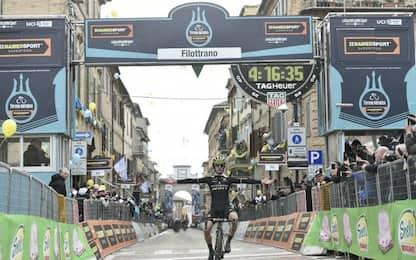 Tirreno, Yates vince nel nome di Scarponi