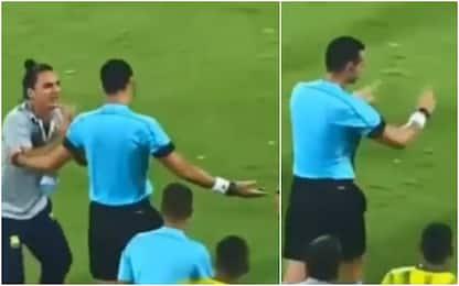 Colombia, arbitro fa segno del VAR... che non c'è!