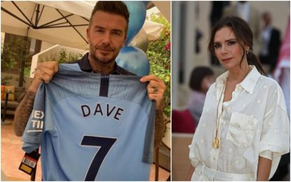 Victoria, perfido regalo: maglia City a Beckham