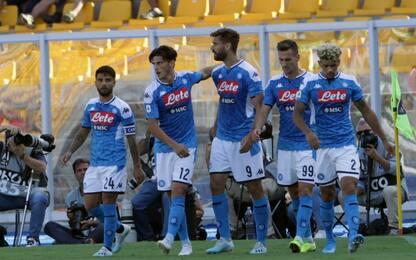 Doppio Llorente e il Napoli vola: 4-1 a Lecce