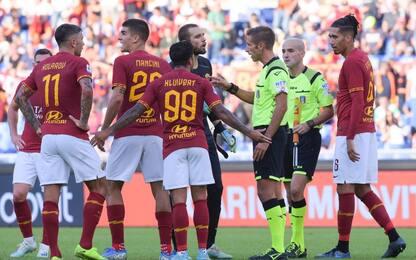 La Roma si ferma, pari e polemiche col Cagliari