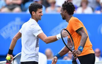 Monfils ko a Eastbourne, Djokovic torna a vincere