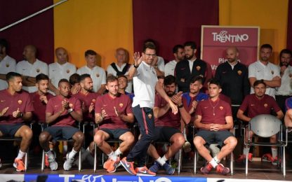 Roma in piazza a Pinzolo, tifosi vogliono Totti