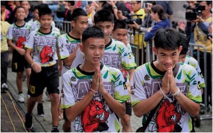 Thailandia, escono dall'ospedale i ragazzi salvati