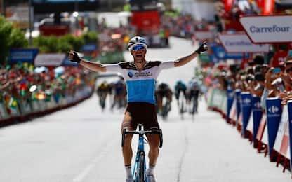 Vuelta: Gallopin vince 7^tappa, Molard leader