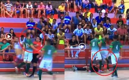 Follia in Brasile, testata all'arbitro: IL VIDEO