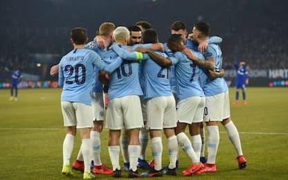Il City rimonta in dieci, Schalke sconfitto 3-2