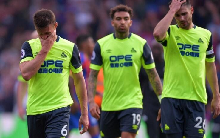La delusione dei giocatori dell'Huddersfield