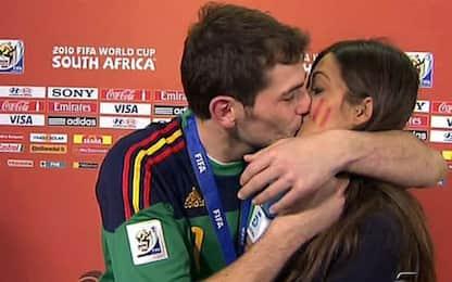 Giornata del bacio: i più celebri nel calcio