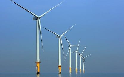 Regno Unito, bollette più basse con l'energia eolica
