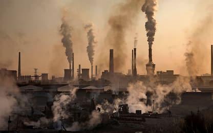 Clima, intesa al summit Ue: taglio delle emissioni del 55% entro 2030