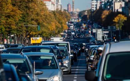 Da Euro 0 a Euro 6: cosa prevedono gli standard sulle emissioni