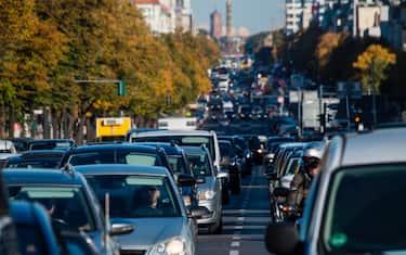 auto_strada_inquinamento_getty