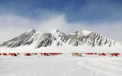 Airbnb cerca volontari per una spedizione in Antartide. FOTO