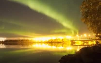 Finlandia, aurora boreale illumina la notte. VIDEO